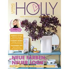 Living at Home + Holly 03/2020